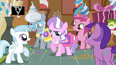 See that pink one in the center? Yeah, that one. Worst pony.